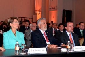Mercedes Juan, Dagoberto Cortés Cervantes y Mikel Arriola Peñalosa