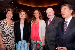 De derecha a izquierda: Mercedes Juan, Arely Gómez González, Sandra HerreraMoro Juan, Manuel Mondragón y Kalb y Carlos Esteban Aranza Doniz
