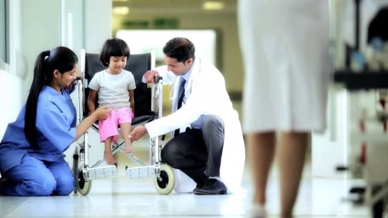 La posibilidad de sobrevivir al cáncer infantil sobrepasa el 80%, siempre que sea detectado a tiempo.El cáncer más frecuente entre niños y adolescentes es la leucemia, con una prevalencia del 52%.