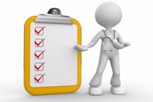 Ilustración de médico con una lista de verificación