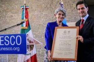 Irina Bokova y Enrique Peña Nieto