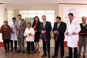 """Celebra Jefe de Gobierno """"Día del Adulto Mayor"""" con apertura de Clínica de Odontogeriatría"""