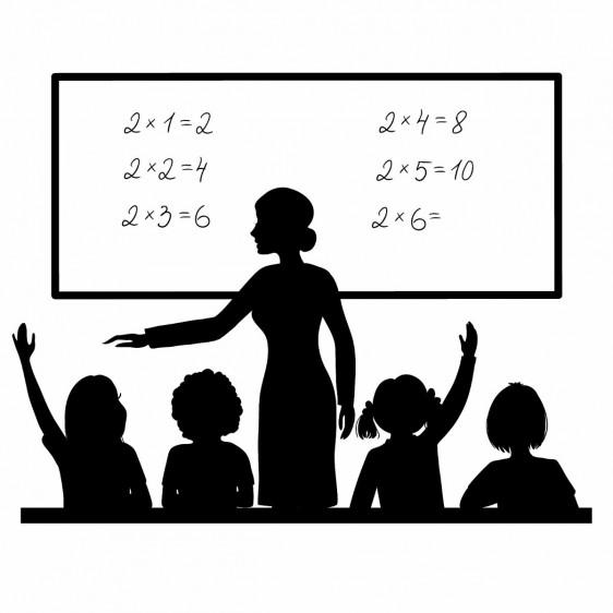 Ilustración de una profesora en el pizarrón en el aula con los niños