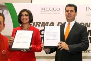 A través del impulso a la prevención, atención, sanción y erradicación de la violencia, se busca trabajar bajo un mejor esquema de colaboración y coordinación, para la reducción de las brechas de desigualdad de género, explicó el gobernador de Zacatecas, Miguel Alonso Reyes.