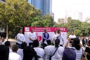 Asistentes al evento dejaron su huella por los pacientes con cáncer de estómago
