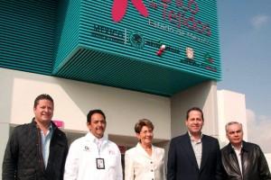 l gobernador y la secretaria federal de Salud recorrieron estas instalaciones, en las que se invirtieron más de 62 millones de pesos, y consolidan al Estado de México como el primer lugar nacional en trasplante y procuración de órganos y tejidos.