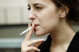 El fumar genera una predisposición directa hacia cualquier tipo de cáncer.