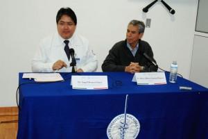DR ANGEL HERRERA GOMEZ Y MARIO ALBERTO SANTOYO ROMERO EN CANCEROLOGIA