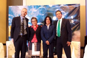 Dr. Marino Fernandez, Dra. Mayra Mejía, Dra. Ivette Buendía, Jorge del Río