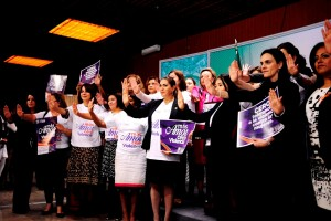 Diputadas lanzan campaña contra violencia de género