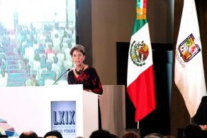 La titular de salud, Mercedes Juan, refrendó el compromiso del gobierno federal para trabajar conjuntamente. Inauguró junto con el gobernador de Nuevo León, Jaime Heliodoro Rodríguez, la LXIX Reunión Anual de Salud Pública