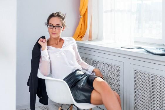 Estar mucho tiempo sentado o parado favorece al desarrollo de la Insuficiencia Venosa Crónica