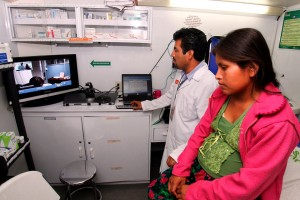 Las personas reciben en la unidad médica más cercana a su vivienda, atención médica en especialidades como medicina interna, ginecología, pediatría y cirugía general.