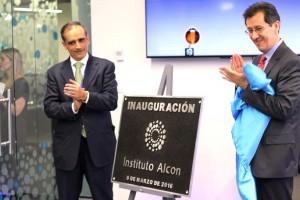 Novartis inaugura el Instituto Alcon dotado con equipos innovadores para el tratamiento de cataratas y retina.