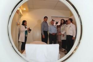El Secretario de Salud realizó gira de trabajo, donde llamó a la sociedad a movilizarse y participar en favor de la salud