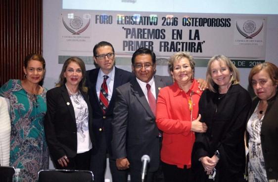 Solicita Cámara de Diputados asignación de presupuesto para la atención de osteoporosis en México