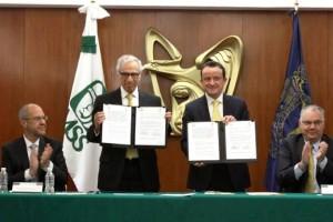 El acuerdo fue suscrito por el Director General del IMSS, Mikel Arriola, y el Presidente del Consejo Directivo de la Fundación UNAM, Dionisio Meade y García de León, en presencia del Director de la Facultad de Medicina de la UNAM, Germán Fajardo Dolci.