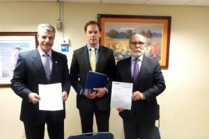 La firma de este acuerdo en México avala una forma de trabajo, una filosofía y una adhesión a la normatividad ética que ha cumplido Grupo Saned en España desde hace 35 años, señala Francisco Bascuas, consejero delegado.