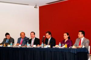 Comisionado Federal para la Protección contra Riesgos Sanitarios, Julio Sánchez y Tépoz, en la reunión de Concamin