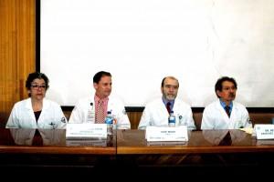De izquierda a derecha: Dra Isabel Villegas Mota; Dr Julio Cesar Soto; Dr. Jose Moreno Rodrigez y Dr. Reinaldo Sanchez Rodriguez