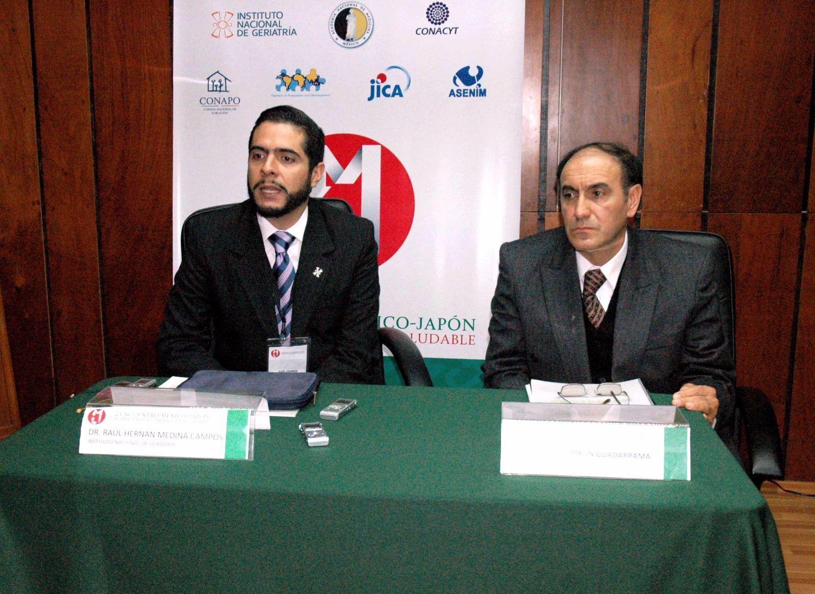 Dr Raul Hernan Medina Campos, Instituto Nacionsl de Geriatria y Mtro Jesus Zimbron Guadarrama Director ajunto de CONAPO