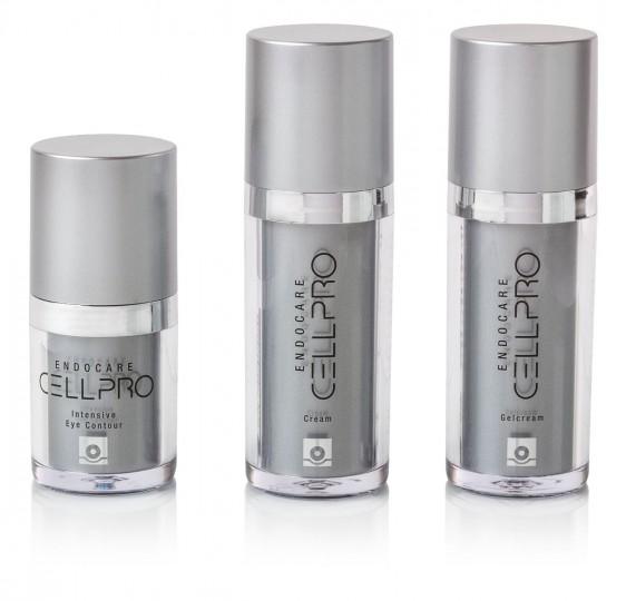 "Tres envases con etiqueta ""Endocare Cell Pro"""