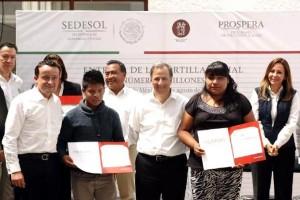 En la delegación Milpa Alta entregó beneficios del Programa IMSS-Prospera a habitantes de esta demarcación