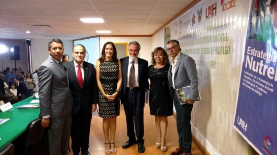 De izquierda a derecha Marcos Galván, Mtro. Humberto Veras, Sra. Guadalupe Romero de Olvera, Dr. Eduardo Atalah, Dra. Rocío Tello y Lic. Gustavo Martínez