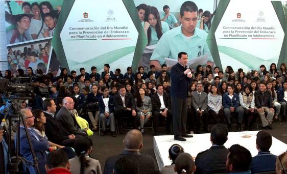 El compromiso del Gobierno de la República es erradicar el embarazo en niñas y adolescentes: Osorio Chong