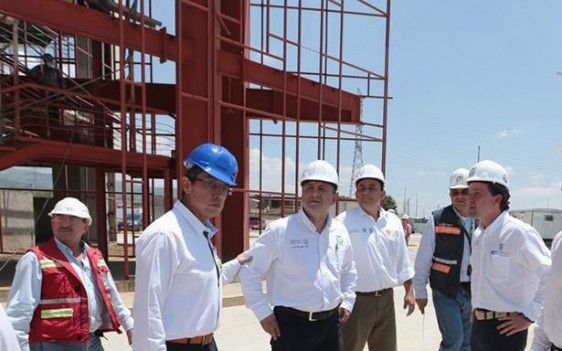 El Director General, Mikel Arriola, supervisó la construcción del hospital de León, que implica una inversión de mil 500 millones de pesos.