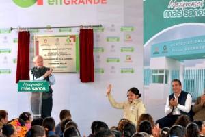 """El Secretario de Salud puso en marcha el Centro de Salud Urbano de Villa Guerrero en donde dijo que """"cada mexicano puede hacer algo por otro mexicano"""", ese es el camino a seguir para salir adelante."""