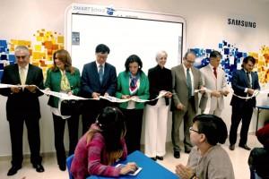 Inauguracion de Aula SAMSUNG SMART SCHOOL solution HOSPITAL PSIQUIATRICO Infantil juanN Navarro