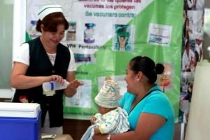 Se contará con la participación de 5,496 vacunadores, se instalarán 4,662 puestos de vacunación y 2,770 brigadas móviles.Las Unidades de Medicina Familiar brindarán el servicio de vacunación de las 08:00 a las 20:00 horas.