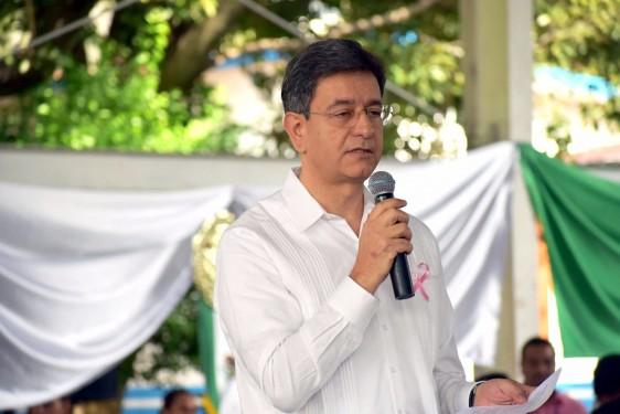 El Subsecretario de Prevención y Promoción de la Salud, doctor Pablo Kuri Morales, inauguró esta jornada nacional con la representación del Secretario de Salud, José Narro Robles.