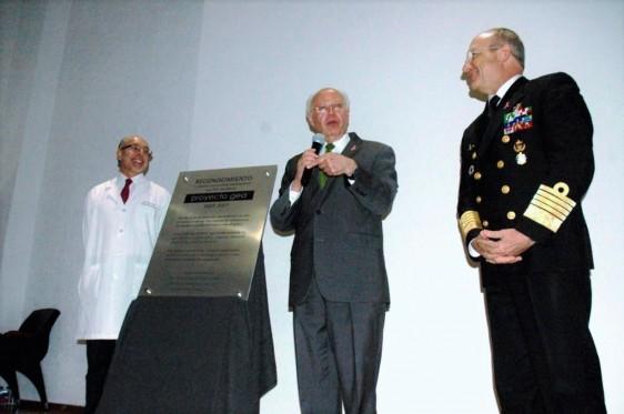 La ceremonia fue encabezada por José Narro, Secretario de Salud
