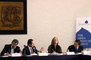 """Seminario de Estudios sobre la Globalidad, en la Unidad de Seminarios """"Ignacio Chávez"""" de la UNAM"""