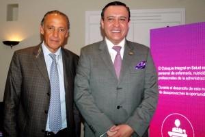 De izquierda a derecha Dr. Jorge Arturo Cardona Perez Director del Instituto Nacional de perinatologia e Ignacio Ortiz Aldana, Secretario de Salud de Guanajuato