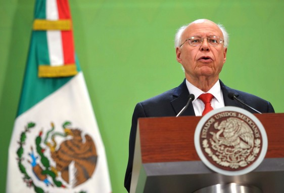 Diurante la presente administración se han sentado las bases para conseguir los cambios de fondo que México había pospuesto por muchos años, José Narro Robles