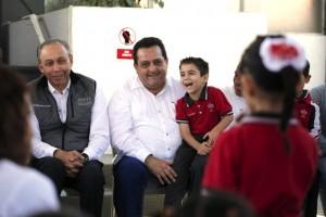 El el gobernador de Baja California Sur, Carlos Mendoza Davis presidió la firma del convenio de Intercambio de Servicios de Salud entre ISSSTE, IMSS y la Secretaría de Salud