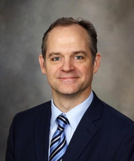 Dr. Jon Ebbert, Centro para Dependencia a la Nicotina de Mayo Clinic