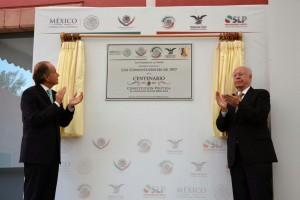 En representación del Presidente Enrique Peña Nieto, informó que se entregará una copia fiel del ejemplar a cada entidad federativa
