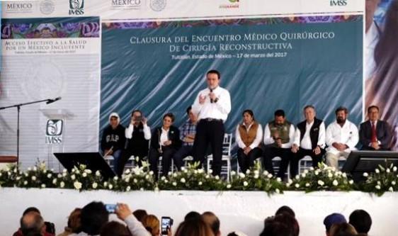 El Director General del IMSS, Mikel Arriola Peñalosa, informó que durante esta jornada médica se atendieron padecimientos para corregir males congénitos.
