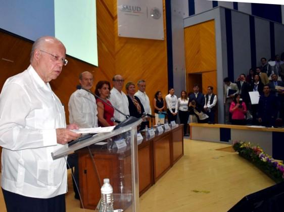 El Secretario de Salud dijo que no son acciones de aislamiento las creadoras del progreso sino el movimiento, la apertura, el intercambio y la mezcla.