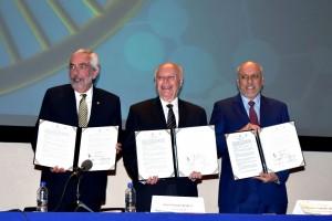 El doctor José Narro precisó que el objetivo del Consorcio MTI es borrar fronteras y derrumbar muros en el campo de la investigación