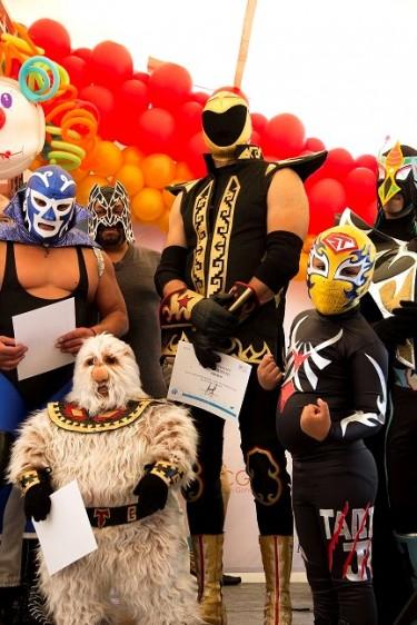 Los famosos luchadores profesionales Tinieblas Junior y Alushe, junto a Mil Máscaras Junior fueron grandes animadores de la fiesta. Siempre dispuestos a convivir  se tomaron fotografías con una gran cantidad de pequeños y admiradores.