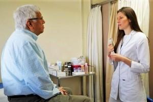 Tiene una incidencia de 1 varón por cada 2 mujeres y se caracteriza por la inflamación y degeneración del cerebro.