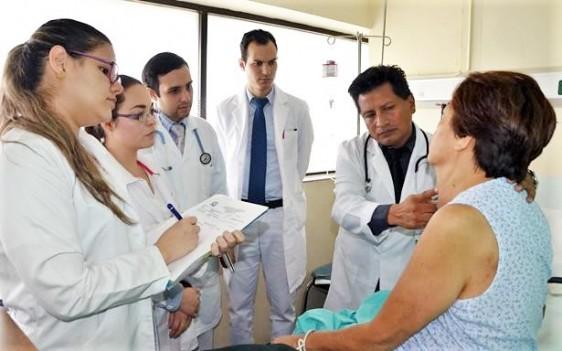 La prevalencia de hipotiroidismo es de 10 mujeres por cada hombre que lo padece.