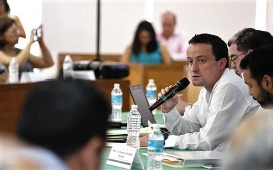 Al clausurar la reunión nacional en Oaxtepec, Mikel Arriola los exhortó a agilizar la digitalización de trámites.