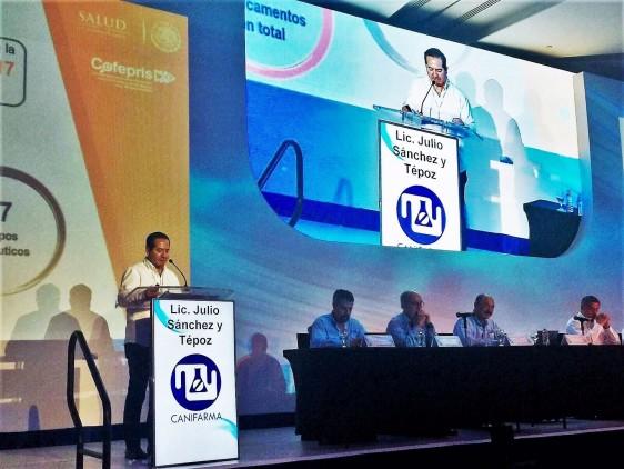 Impulsa la COFEPRIS el desarrollo de la Industria Farmacéutica