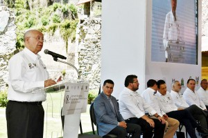 Secretario de Salud, José Narro Robles